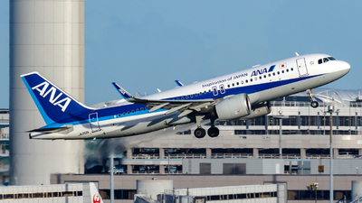 A picture of JA212A - Airbus A320271N - All Nippon Airways - © Age