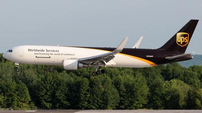 A picture of N346UP - Boeing 76734AF(ER) - UPS Airlines - © J.R.Quiñonez