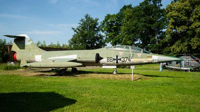 29-11 - Lockheed F-104F Starfighter - Germany - Air Force