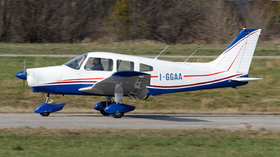 I-GGAA - Piper PA-28-151 Cherokee Warrior - Private