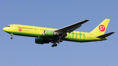 VP-BVH - Boeing 767-33A(ER) - S7 Airlines