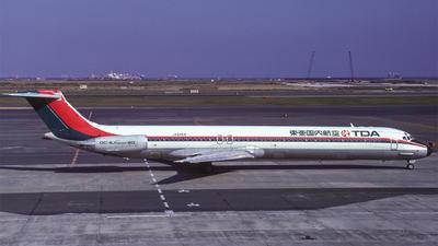 JA8468 - McDonnell Douglas MD-81 - TOA Domestic