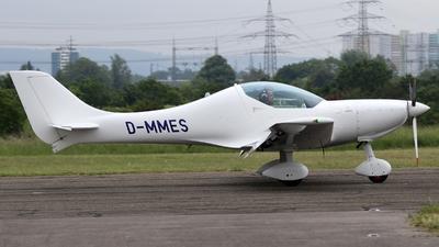A picture of DMMES -  - [] - © Christopher Schmitt