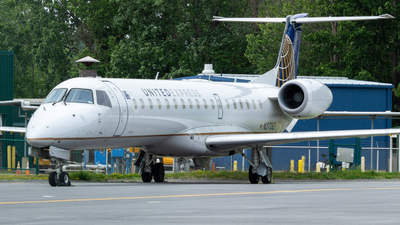 A picture of N27152 - Embraer ERJ145XR - United Airlines - © jerav8or