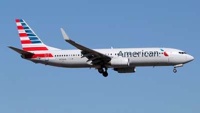 A picture of N938AN - Boeing 737823 - American Airlines - © toyo_69pr