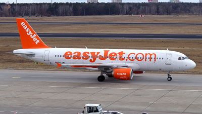 G-EZWC - Airbus A320-214 - easyJet