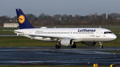 A picture of DAIPR - Airbus A320211 - [0111] - © Darius Swoboda
