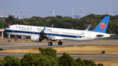 A picture of B303W - Airbus A321271N - China Southern Airlines - © nibrage