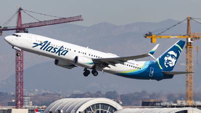 A picture of N288AK - Boeing 737990(ER) - Alaska Airlines - © David Lee