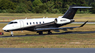 N570fx Bombardier Bd 100 1a10 Challenger 350 Private
