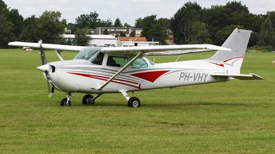 PH-VHY - Cessna 172P Skyhawk - Private