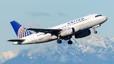 N824UA - Airbus A319-131 - United Airlines