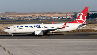 A picture of TCJGT - Boeing 7378F2 - Turkish Airlines - © Ömür Sadikoglu