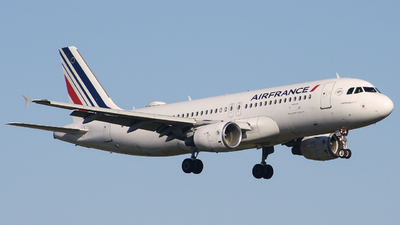 A picture of FHEPA - Airbus A320214 - Air France - © Guillem Rubio
