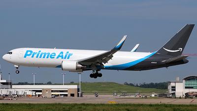 A picture of N389AZ - Boeing 767319(ER)(BDSF) - Air Transport International - © Chrisjake