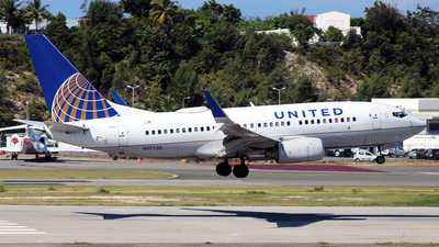 A picture of N17730 - Boeing 737724 - United Airlines - © Nigel Steele