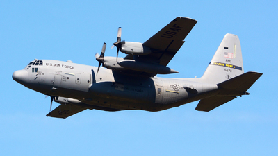 95-6711 - Lockheed C-130H Hercules - United States - US Air Force (USAF)