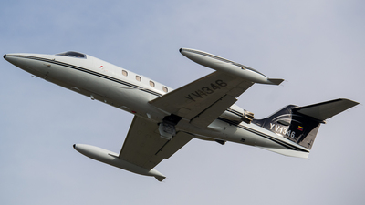 YV1346 - Gates Learjet 25D - Private
