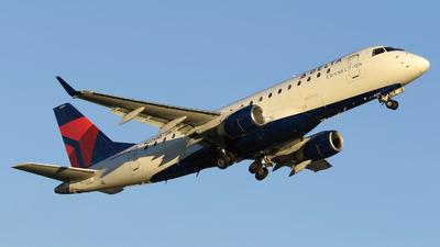 N225JQ - Embraer 170-200LR - Delta Connection (Republic Airlines)