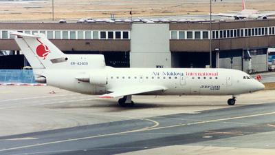 ER-42409 - Yakovlev Yak-42D - Air Moldova International