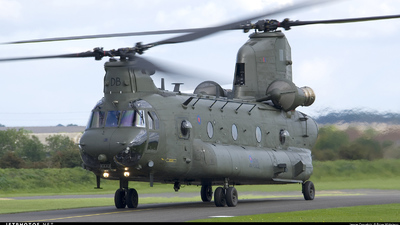 ZD574 - Boeing Chinook HC.2 - United Kingdom - Royal Air Force (RAF)