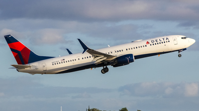 A picture of N857DZ - Boeing 737932(ER) - Delta Air Lines - © Juan Carlos Aponte