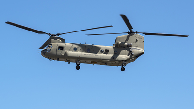 17-08236 - Boeing CH-47F Chinook - United States - US Army