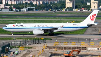 B-8577 - Airbus A330-343 - Air China