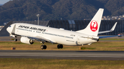 JA342J - Boeing 737-846 - Japan Airlines (JAL)