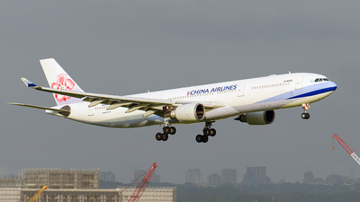 A picture of B18305 - Airbus A330302 - China Airlines - © ECHO