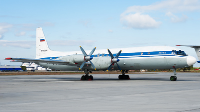 RF-93954 - Ilyushin IL-18D - Russia - Air Force