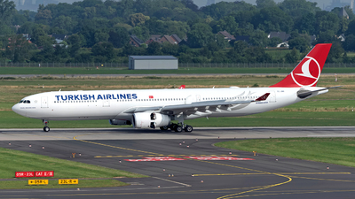 A picture of TCJNR - Airbus A330343 - Turkish Airlines - © Sebastian Thiel
