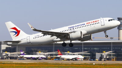 B-303A - Airbus A320-251N - China Eastern Airlines