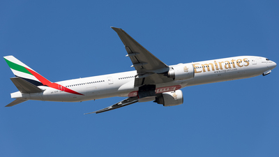 A picture of A6EGE - Boeing 77731H(ER) - Emirates - © Keiran Sidwell