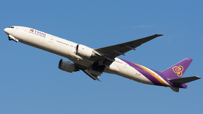 HS-TKP - Boeing 777-3ALER - Thai Airways International