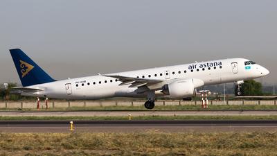 P4-KHB - Embraer 190-300STD - Air Astana