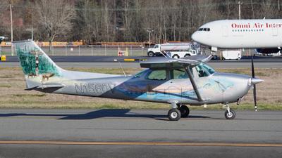 N1560V - Cessna 172 Skyhawk - Private