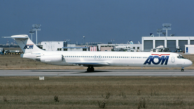 F-GGME - McDonnell Douglas MD-83 - AOM French Airlines