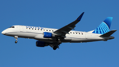 A picture of N613UX - Embraer E175LL - United Airlines - © Andrew E. Cohen