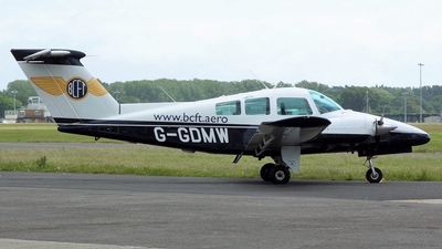 G-GDMW - Beechcraft 76 Duchess - Bournemouth Commercial Flight Training