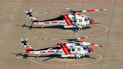N484DF - Sikorsky S-70i Blackhawk - United States - California Department of Forestry