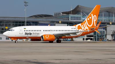UR-SQD - Boeing 737-73V - SkyUp Airlines