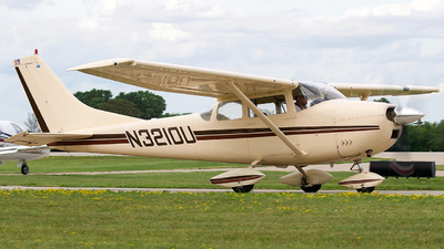 N3210U - Cessna 182F Skylane - Private