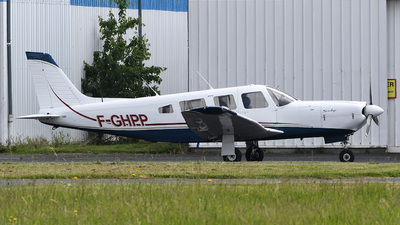 A picture of FGHPP - Piper PA32R301 - [3213022] - © bruno muthelet