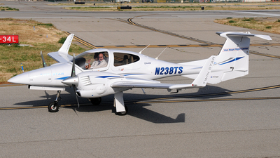 N238TS - Diamond DA-42 Twin Star - Private