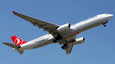 TC-LOE - Airbus A330-343 - Turkish Airlines