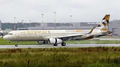 D-AYAF - Airbus A321-213 - Etihad Airways