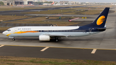 VT-JNN - Boeing 737-85R - Jet Airways