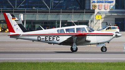 D-EEFC - Piper PA-24-260 Comanche C - Private