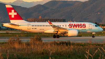 A picture of HBJBE - Airbus A220100 - Swiss - © Lorenzo Varin